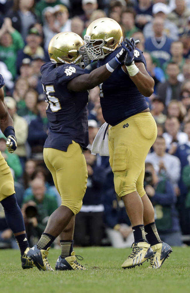 Kelly sees progress in Notre Dame's ugly victory