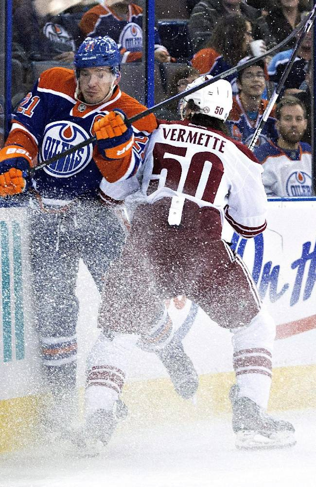Coyotes race to 4-goal lead, hold off Oilers 4-3