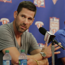 Phillies' Cliff Lee will try to rehab arm without surgery The Associated Press