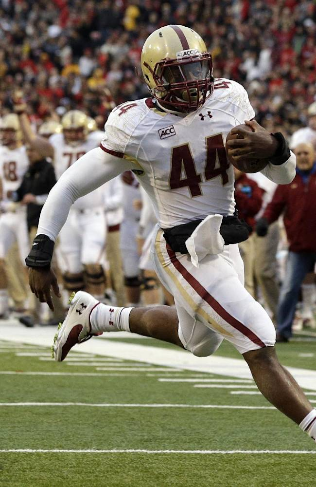 BC's Andre Williams pads lead in NCAA rushing race