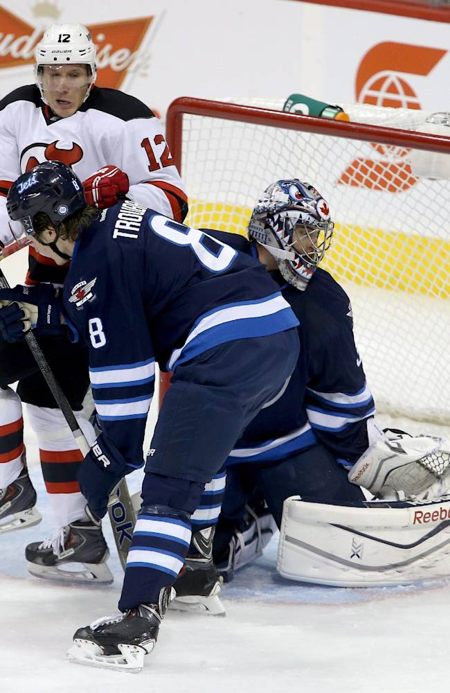 Montoya makes 24 saves, Jets beat Devils 3-0