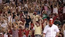 MLB ballpark attempts to ban 'the wave'