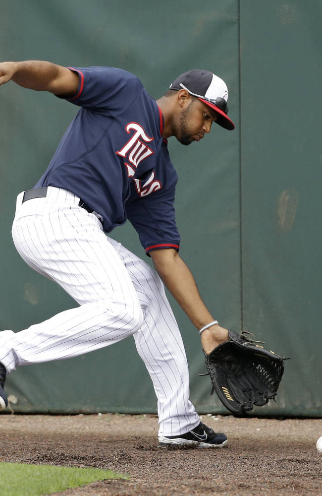 Hicks gets another shot at leadoff for Twins
