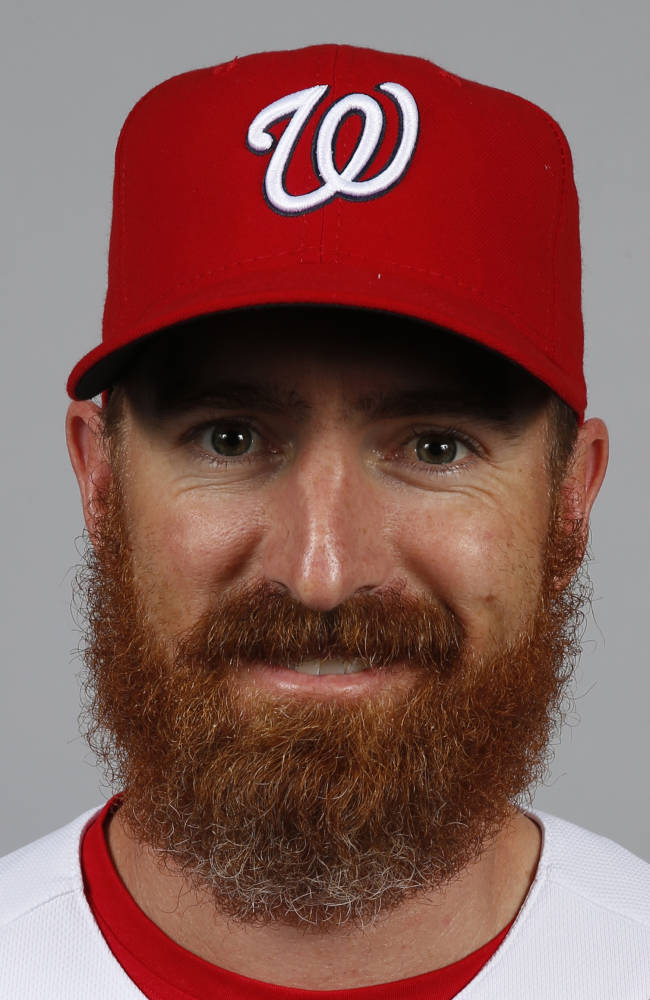 White Sox announce deal with LaRoche