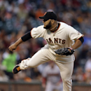 Petit keeps Giants rolling in 5-1 win over D-backs The Associated Press