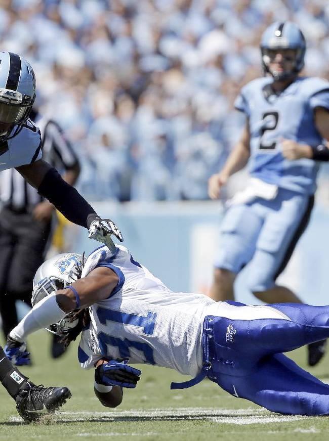 Tar Heels roll past Blue Raiders 40-20