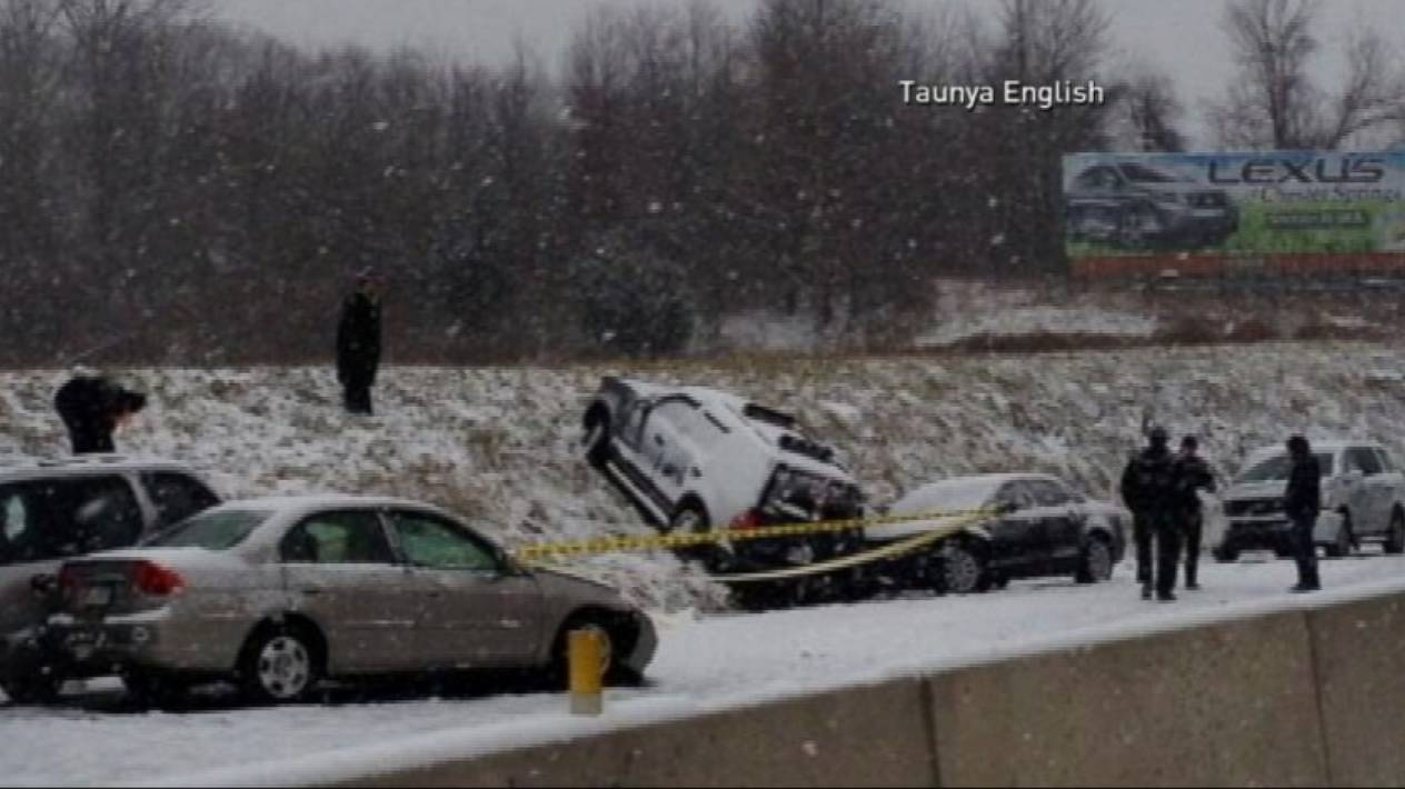Wintery Weather Causes Pileups on US Highways