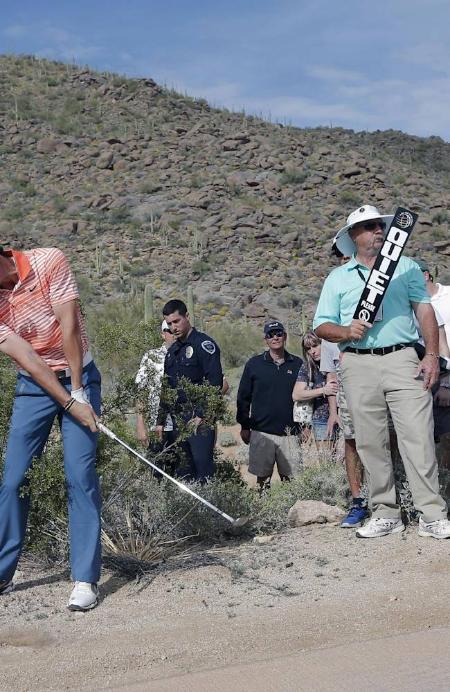 A day of comebacks - and survival at Match Play