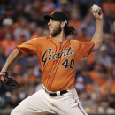 Bumgarner wins 5th in row, Giants rout Dodgers 9-0 The Associated Press