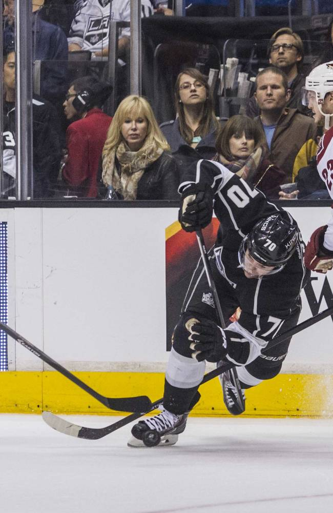 LA Kings rout Coyotes 4-0 to clinch playoff berth