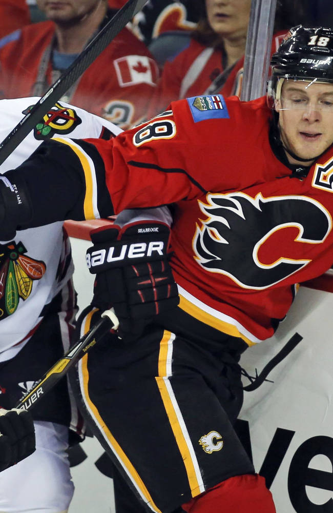 Kane gives Blackhawks 3-2 win over Flames
