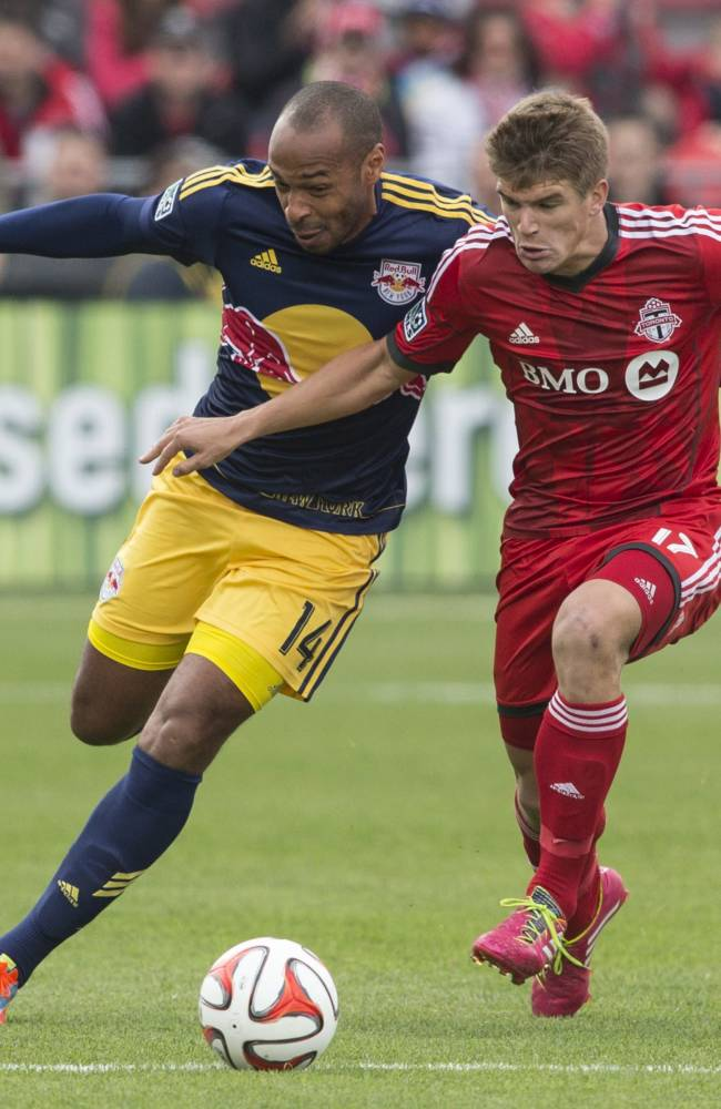 Toronto FC blanks Red Bulls 2-0