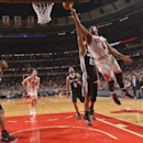 Derrick Rose scores 22, struggling Bulls beat Spurs 104-81 The Associated Press