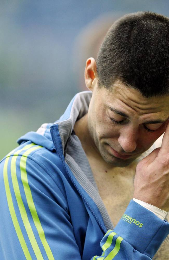 Seattle's Dempsey suspended 2 games by MLS