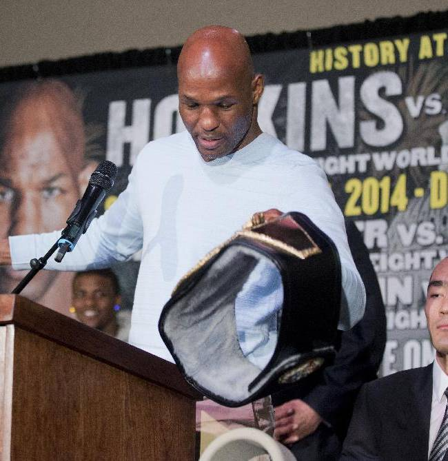 '40-and-up club': Ageless Hopkins after more belts