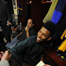 Nick Young signs deal to stay with Lakers The Associated Press