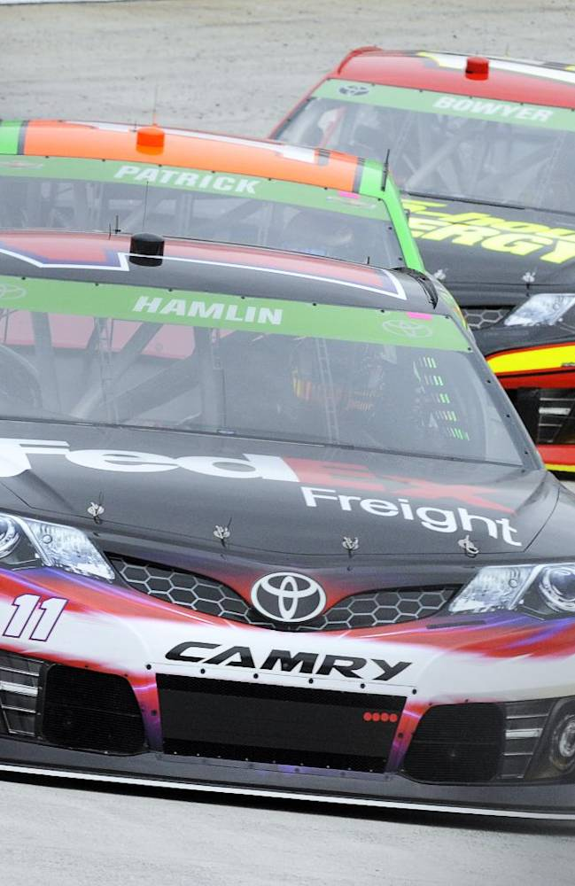 Hamlin eager to get back on track at Martinsville