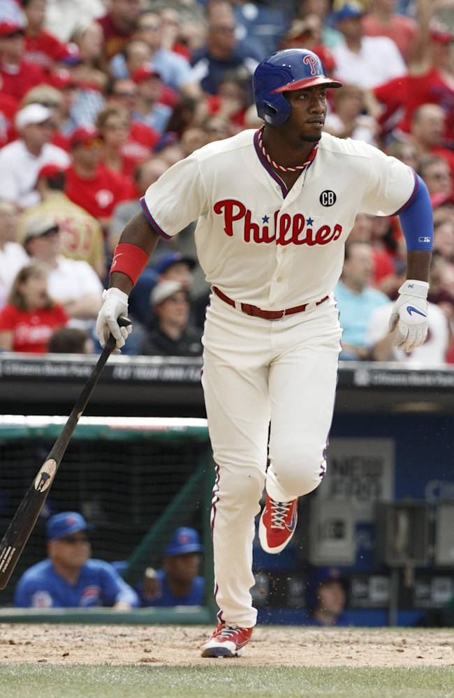 Rollins sets Phillies' career hit record in win