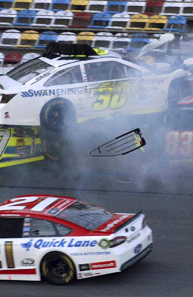 Kligerman lands on roof in Daytona 500 practice
