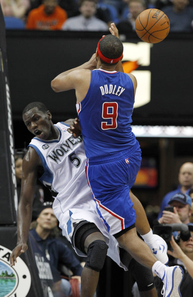 Blake-less Clippers beat Timberwolves 114-104