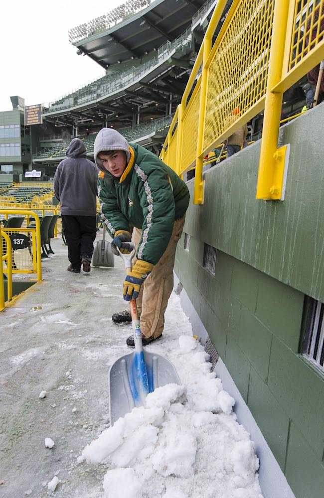 Packers-49ers game drawing comparisons to Ice Bowl