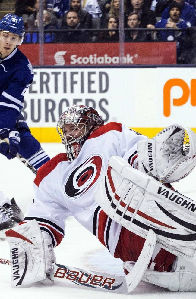 Kessel scores 2, leads Maple Leafs over Hurricanes