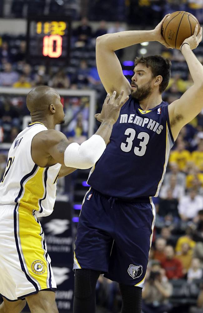 Pacers roll past Memphis 95-79 to stay unbeaten