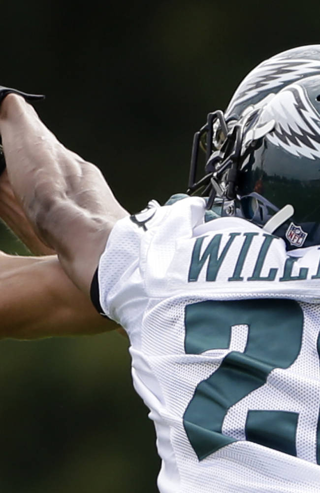 Eagles' new-look defense quite impressive, too