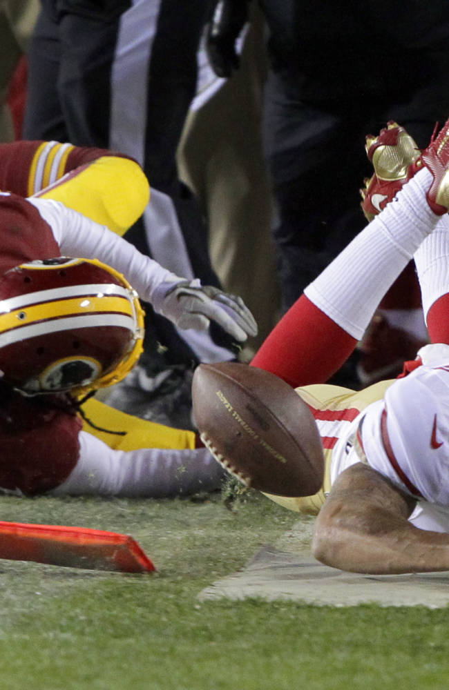 Kaepernick rebounds from rough stretch in big win