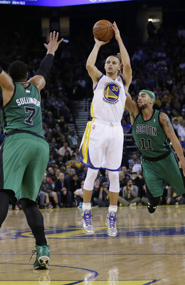 Curry's popularity could make him All-Star starter