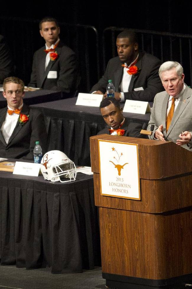 Texas coach Mack Brown steps down
