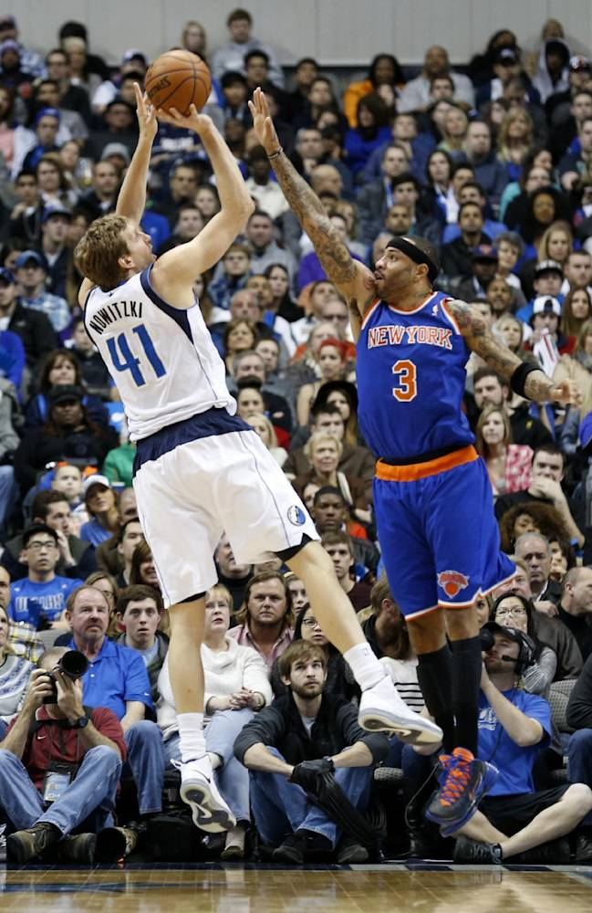 Anthony spurs Knicks to 92-80 win over Mavericks