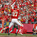 Kansas City Chiefs tight end Travis Kelce (87) catches a touchdown pass in the first half of an NFL football game against the New York Jets in Kansas City, Mo., Sunday, Nov. 2, 2014 The Associated Press