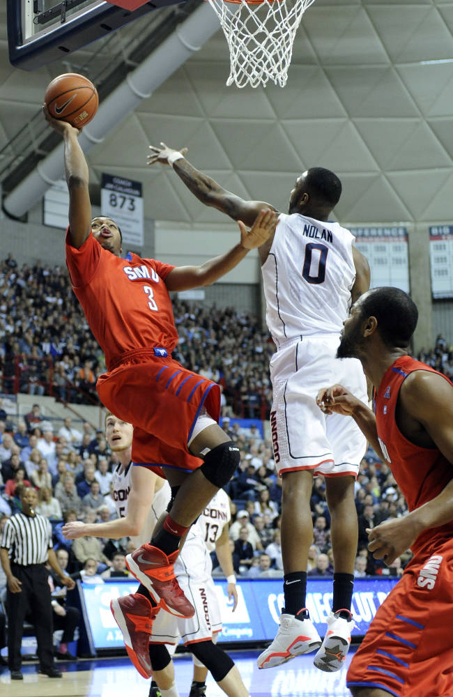 SMU beats No. 21 UConn 64-55