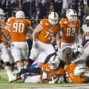 Bowling Green running back Travis Greene (8) scores a touchdown against South Alabama during the first half of the Camellia Bowl NCAA college football game Saturday, Dec. 20, 2014, in Montgomery, Ala. (AP Photo/Brynn Anderson)