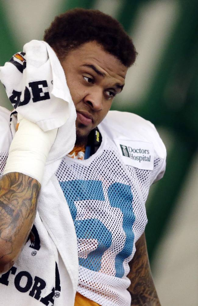 Dolphins face free agency, bullying decisions