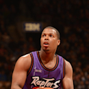 Raptors G Lowry back in starting lineup vs Hornets The Associated Press