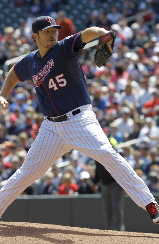 Hughes wins 3rd straight start, Twins top Orioles