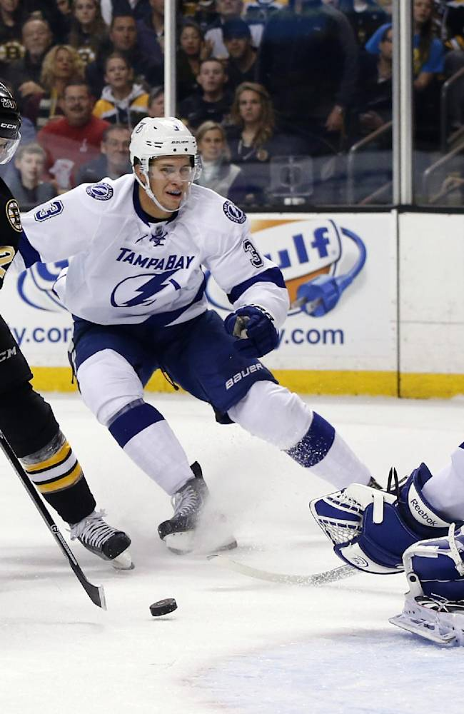 Bruins beat Lightning 3-0; Tampa's Stamkos injured