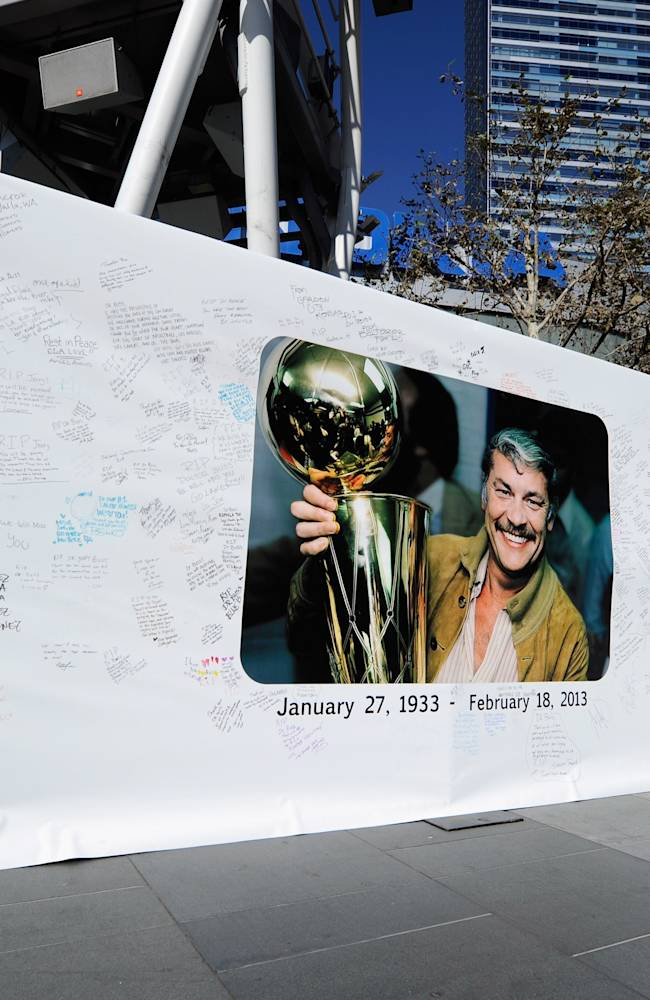 Lakers Fans Pay Tribute To Jerry Buss