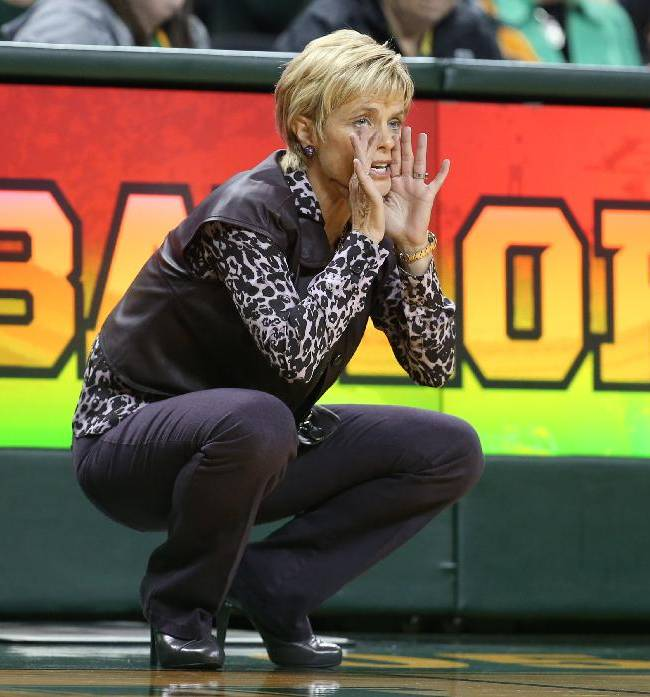 Baylor coach Kim Mulkey call in a play against Oklahoma City in the first half of an NCAA college basketball exhibition game, Tuesday, Nov. 5, 2013, in Waco, Texas