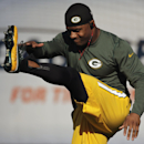 Green Bay Packers wide receiver Randall Cobb warms up before an NFL football game between the Packers and Chicago Bears on Sunday, Sept. 28, 2014, in Chicago. The Associated Press
