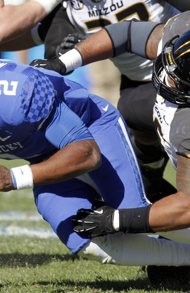 Mauk leads No. 9 Missouri past Kentucky, 48-17