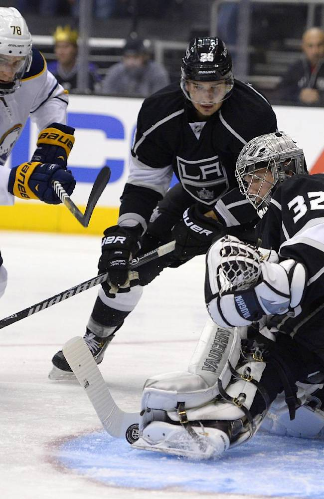 Jonathan Quick, LA Kings blank Buffalo 2-0