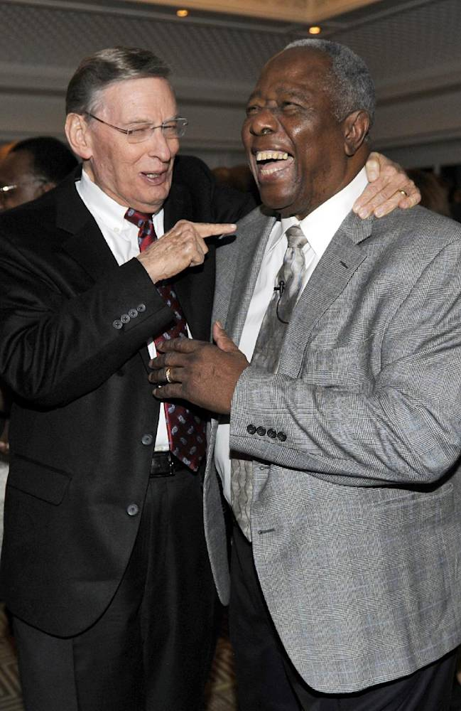 Baseball greats toast Hank Aaron for 80th birthday