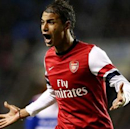 Holloway wants to revive Chamakh's career at Crystal Palace