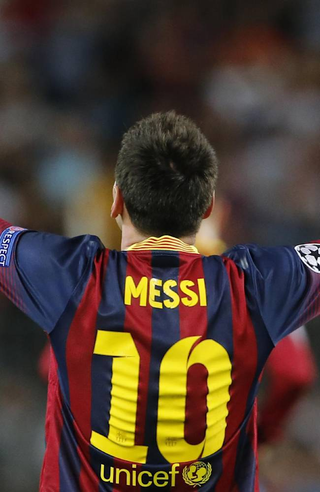 Messi gets hat trick; Mourinho mulls Chelsea loss
