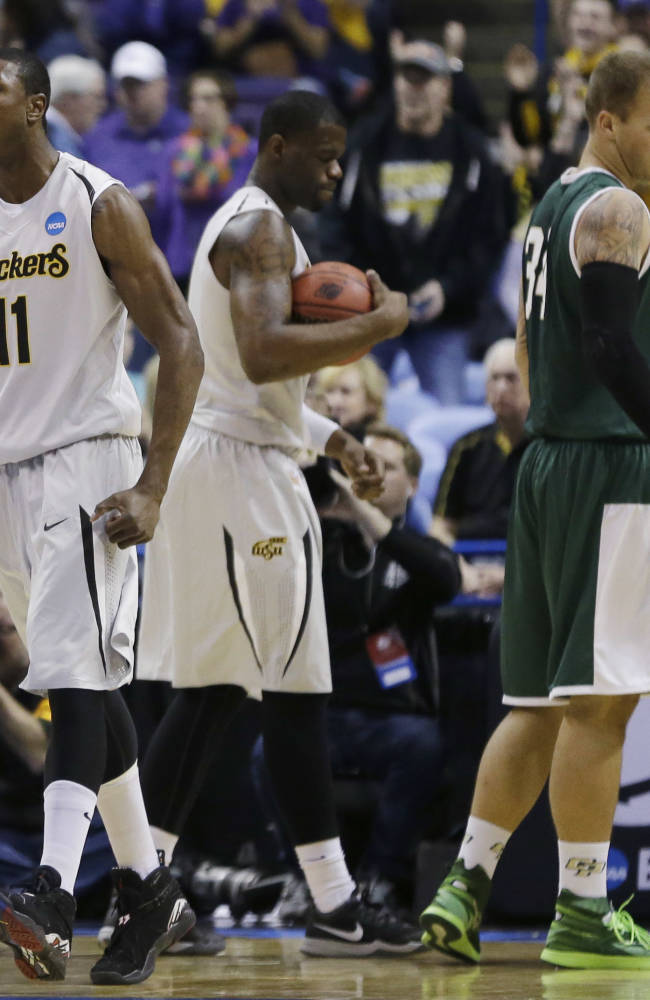 Wichita State goes to 35-0 with rout of Cal Poly