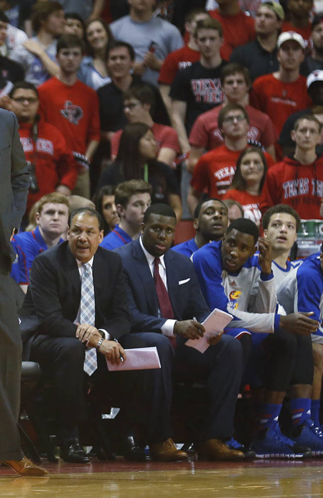 No. 8 Kansas hangs on to beat Texas Tech 64-63