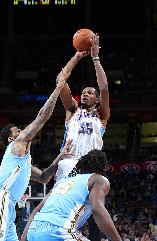 Durant scores 38 as Thunder tops Nuggets 115-113